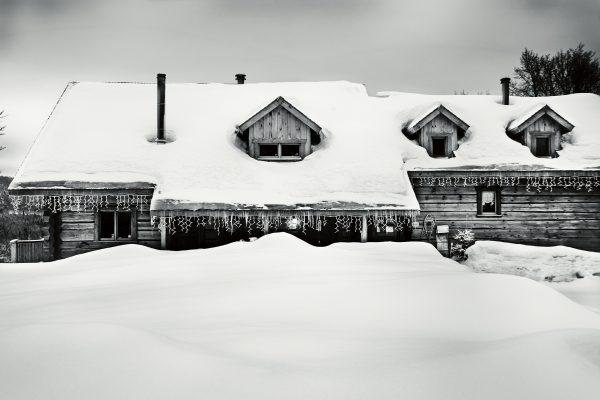 "3-day snowmobile trip: ""L'Ecrin de neige"" Québec & Charlevoix"